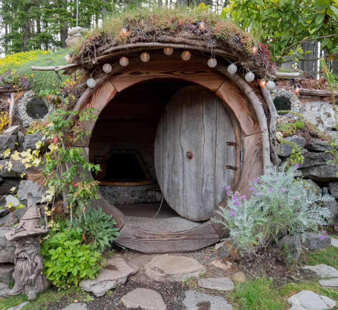 Pacific Northwest Travel Blog Hobbit House