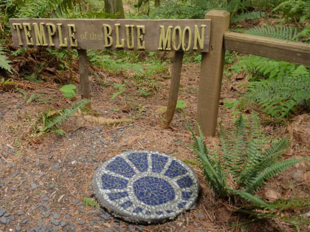 Temple of the Blue Moon sign