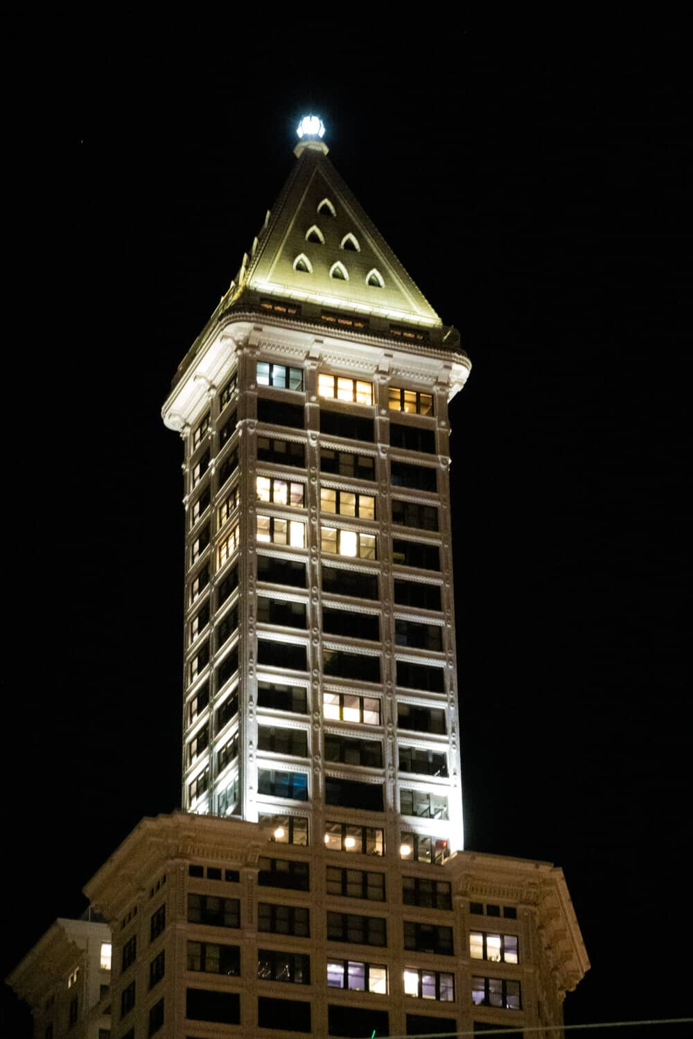 Smith Tower Seattle Ghost Tours