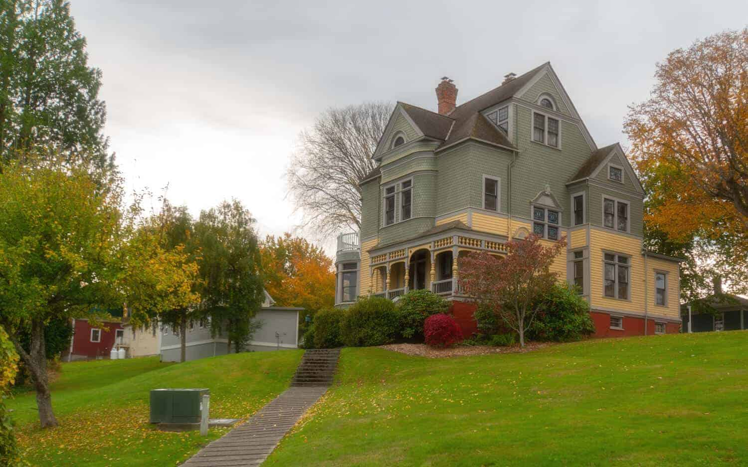 Walker Ames House Haunted Port Gamble Ghost TOurs House