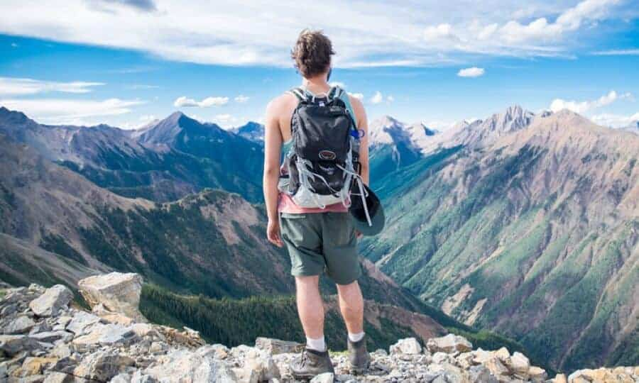 Life of a Traveler: 6 Budget-Saving Hacks for Traveling Without Breaking The Bank