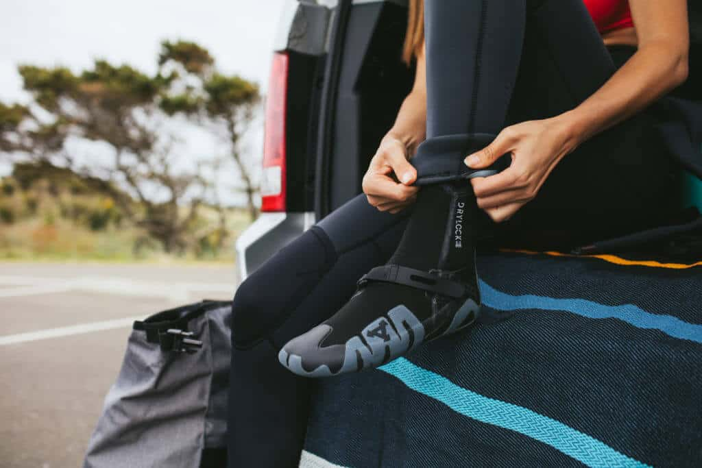 choosing a wetsuit in the pacific northwest wetsuit booties