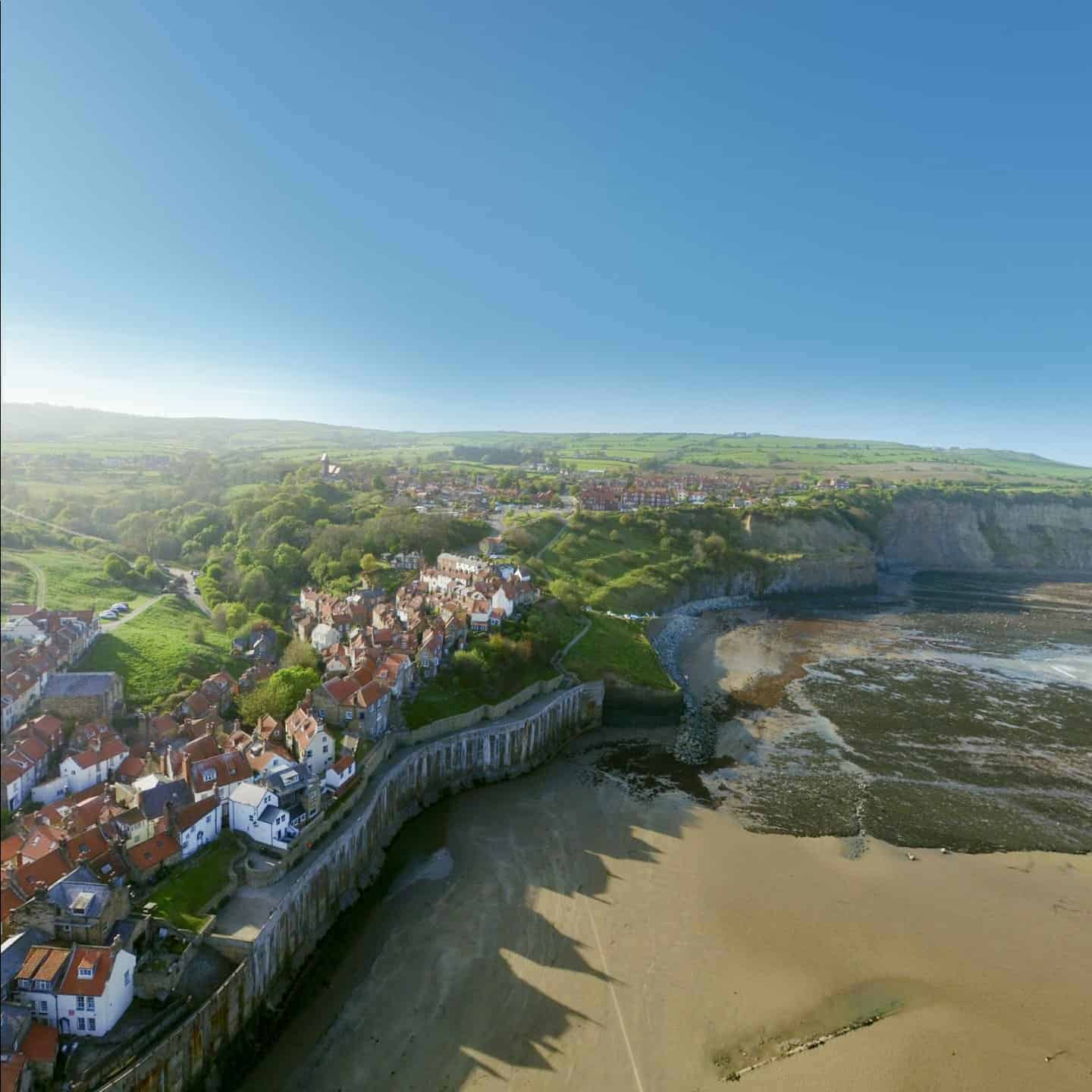 Robin Hood's Bay UK Wander app best vr travel experiences online virtual tours