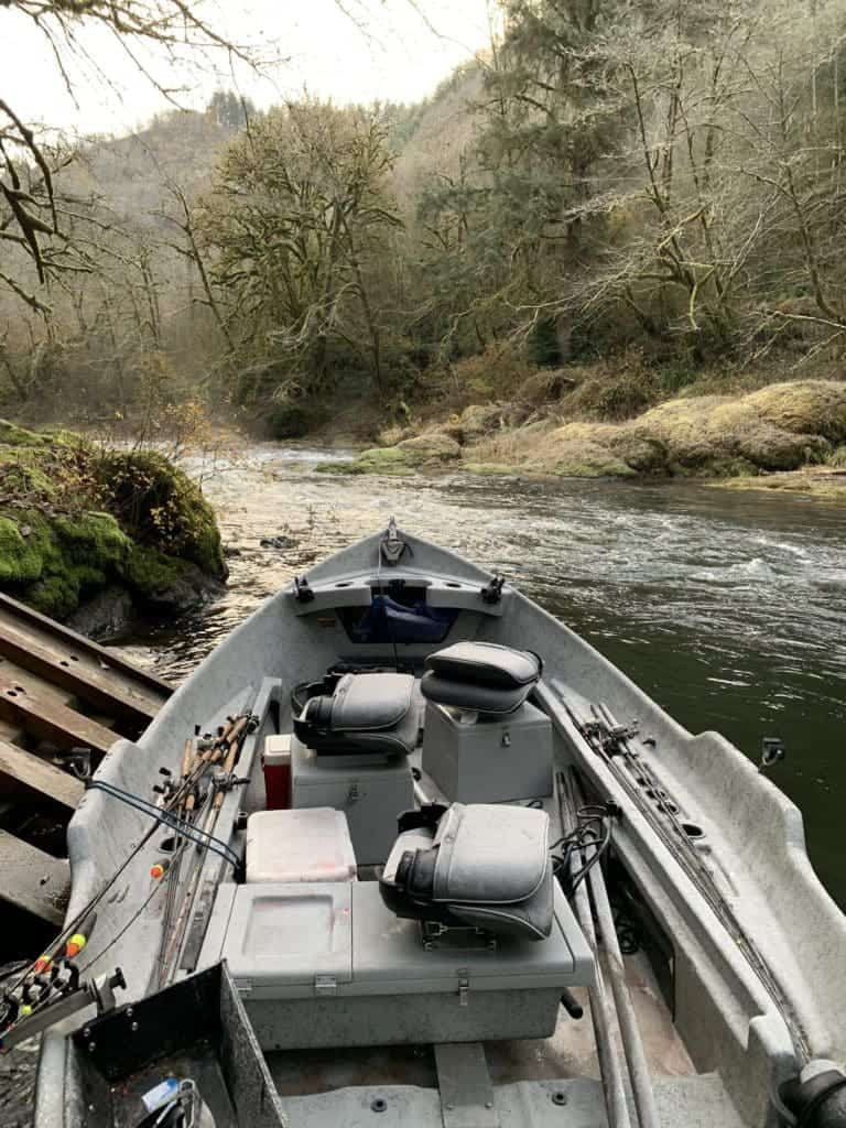 Tips on Securing a Fishing Guide in the PNW